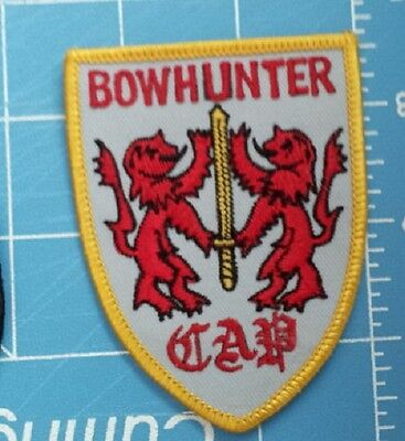 BOWHUNTER ARCHERY & BOW ADVERTISING PATCH.  2.5 X 3.25 INCHES