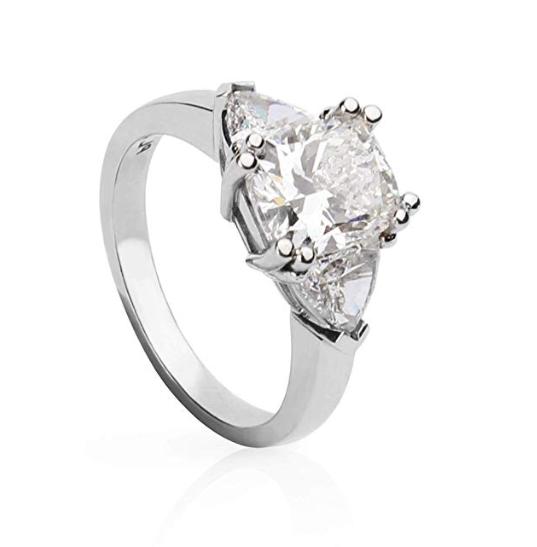 Amazing Platinum Engagement Ring Cushion Diamond  Size 6