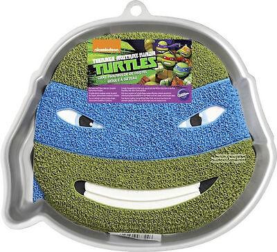 New Wilton TEENAGE MUTANT NINJA TURTLES TURTLE CAKE PAN Paper Insert #2105-7722 (Ninja Turtle Cake Pan)