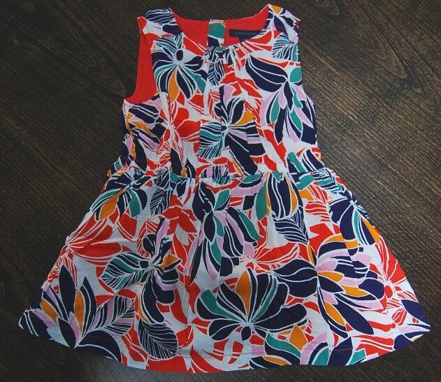 Tommy Hilfiger baby girl floral dress size 18 months new wit
