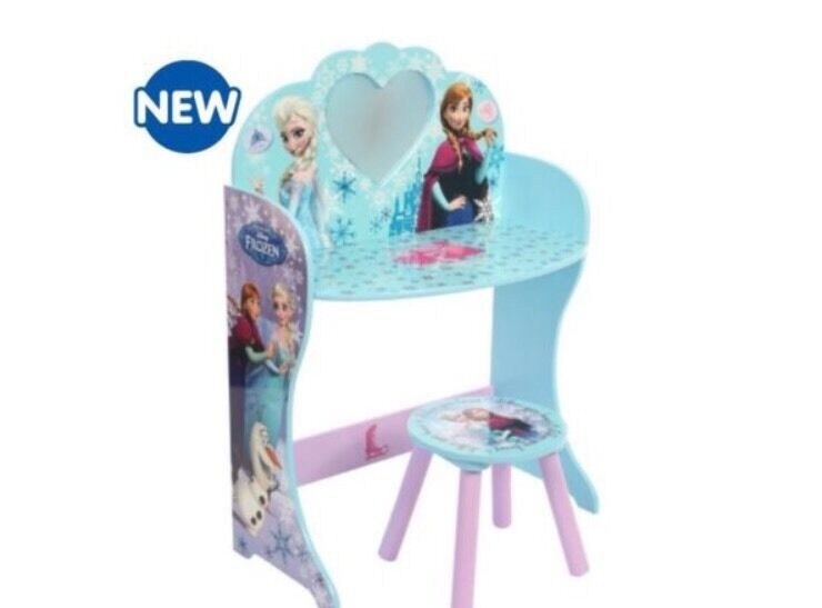 Beautiful Frozen Dressing Up Vanity Table Mirror Amp Stool
