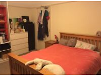 MASSIVE ROOM STREATHAM HILL!