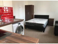 Furnished studio to let in Loughborough £550pm