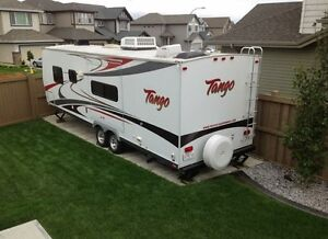 2009 30 FT Pacific Coachworks 299BHS Tango Travel Trailer