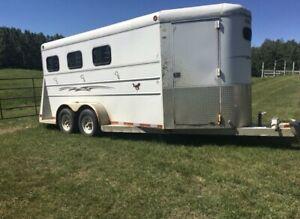 3 horse angle haul