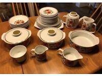 Retro Meakin Poppy Design Vintage Dinner Service Plates Bowls