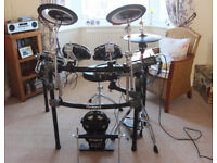 Roland V Drums + Percussion Sound Module TD-12 (+ Speakers)
