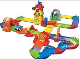 VTECH TOOT TOOT DRIVERS CHUG & GO TRAIN SET TOY