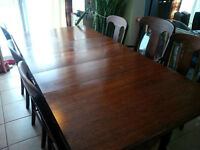 Antique solid wood dining table,6 wood chairs and 3 extentions