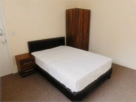 En-suite room in a house share, Denman Drive, L6 7UE