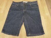 Ladies size 10 denim shorts - Croydon