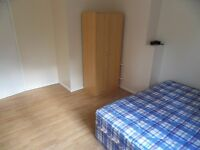 Four bedroom apartment - separate lounge – Ideal for students - NW1 - Avail 5th Sept - £785PW