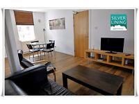 2 Bedroom Loft Apartment on Edinburgh's Grassmarket for Short Term & Long Term Stay (10)