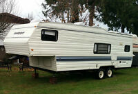 27 foot Cobra Sandpipper 5th wheel