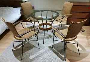 Stylish iron & wicker coffee / dinette set