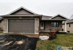 Beautiful 3 Bedroom with a brand new finished basement.