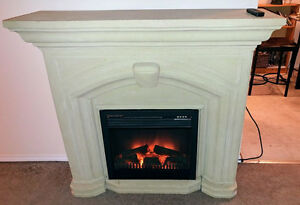 CLASSY ELECTRIC FIREPLACE AND MANTLE