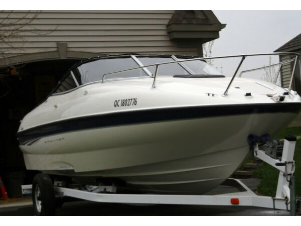 2003 Bayliner 212 cuddy capri