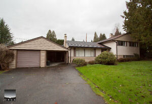 $3500 (ORCA_REF#796B)3bed/2bath 3 Storey in Edgemont/Delbrook (