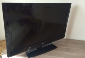TV LG 42 pouces ACL comme neuve