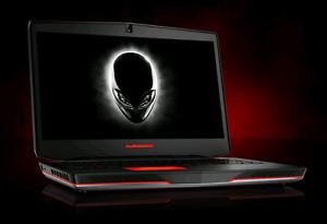 Alienware 17 i7 4700HQ 2.4ghz 16gbram 64gb ssd + 750gb gtx 765m