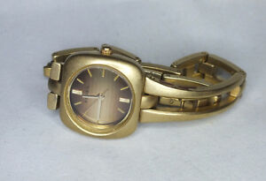 Ladies Fossil Quartz watch. Excellent with new battery.