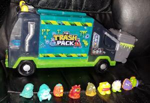 Camion de poubelle TRASH PACK avec 9 figurines