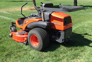 "Kubota 26HP Diesel zero turn mower 60"" hydraulic deck 207 hours"
