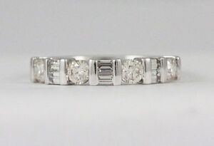 14k White Gold diamond band(0.60ct tdw, 4.27g, sz: 7) #1935