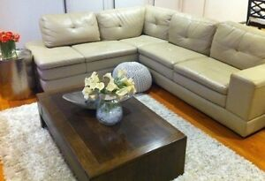 Stunning Plush Leather L Shape Beige Couch Sofa RRP $5,600.00 Mentone Kingston Area Preview