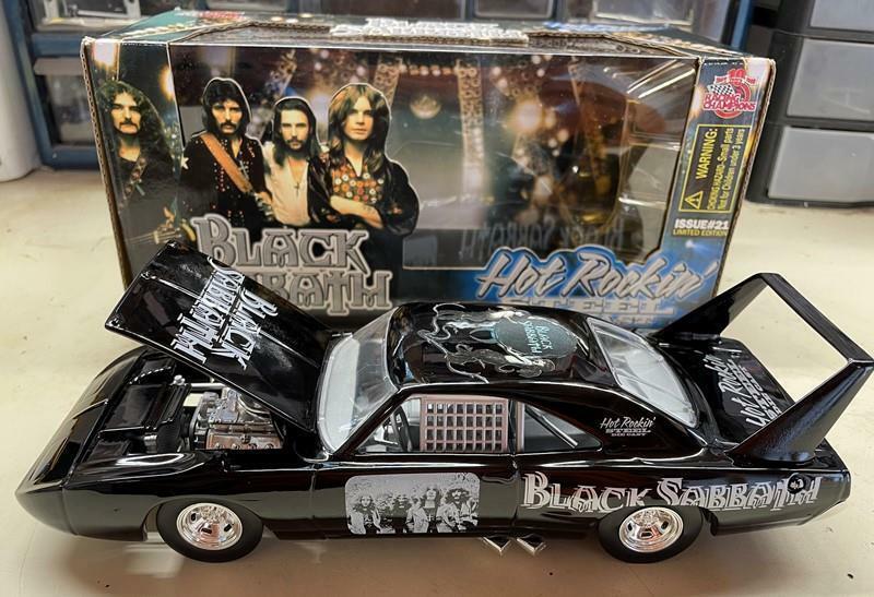 1970 Black Sabbath Plymouth Superbird Hot Rockin Steel Ozzy Osbourne 1/24 diecas
