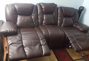 Chevalier II' Bonded Leather Motion Sofa 3 seats Kitchener / Waterloo Kitchener Area image 3