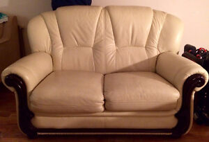 REAL LEATHER COUCHES $250 FOR THE PAIR West Island Greater Montréal image 2