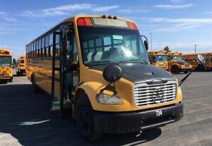 autobus pour transformer, exporter ou transporter sur chantier