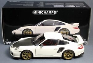 1/18 DIECAST Minichamps 2011 Porsche 911 GT2 RS White with Gold