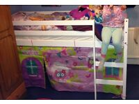 Mid sleeper bed new with new mattress
