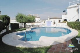 4 bed house 40 mins from Malaga spain pool on site 10 mins to the beach
