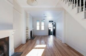 Double bedroom in lush Surry Hills Terrace