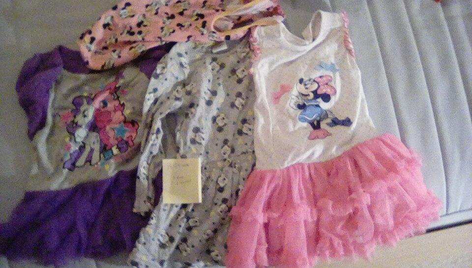 6ffcb5a0234b Girl s 18-24 month clothes bundle (dresses