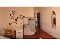 2 room to rent for international students, Piccadilly line, north, zone 3