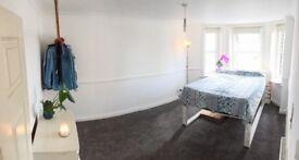 Bright, spacious double room £140pw