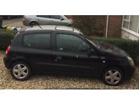 Renault Clio 1.2 on a 52 plate