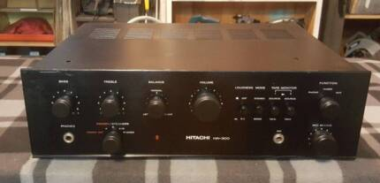 VINTAGE HITACHI STEREO AMPLIFIER/MADE IN JAPAN/1970,s