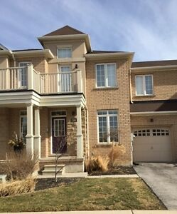 FOR RENT TOWNHOUSE IN STONEY CREEK