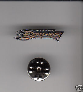 ANAHEIM-DUCKS-NHL-Hockey-Team-Logo-METAL-HAT-LAPEL-PIN-New-Sealed-Mint-Mighty