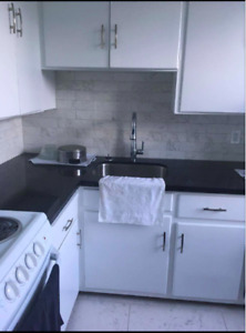 SUBLETTING ONE BEDROOM JULY-SEPTEMBER IN A 2 BEDROOM APARTMENT