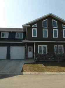 EVERGREEN 3 BDRM TOWNHOUSE FOR SALE **REDUCED**