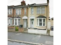DSS WELCOME** LOVELY 2 BEDROOM FLAT NEWLY REFURBISHED, OWN GARDEN *THORNTON HEATH*