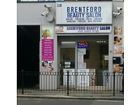 QUALIFIED MASSAGE THERAPIST AND NAIL TECHNICIAN REQUIRED FOR SALON IN BRENTFORD TW8 8AT