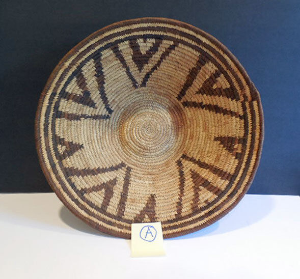 """vintage AFRICAN BOTSWANA Coiled Grass OPEN BASKET  14.5""""  -  A"""